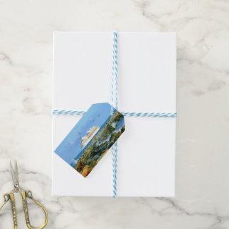 Étiquettes-cadeau Paysage marin avec la coutume de bateau de