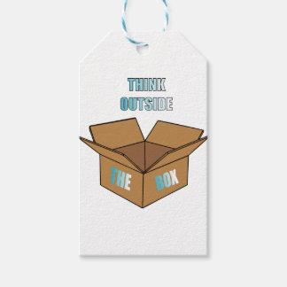 Étiquettes-cadeau Pensez en dehors de la boîte