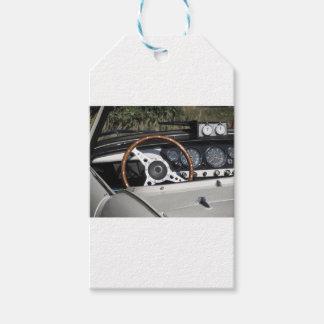 Étiquettes-cadeau Tableau de bord d'une vieille voiture classique