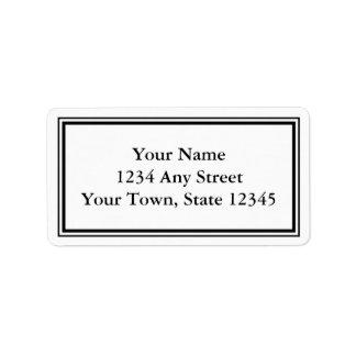 Étiquettes de adresse noirs et blancs faits sur