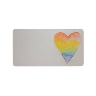 Étiquettes pour aquarelle de coeur d'arc-en-ciel