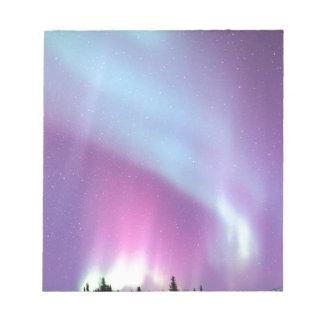 Étoiles de l'Alaska d'hiver de ciel de lumières du Blocs Notes