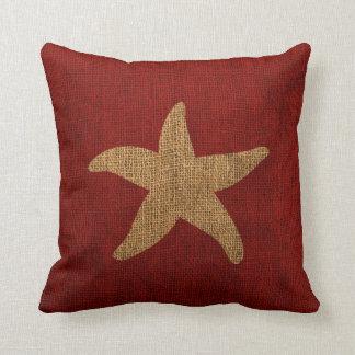 Étoiles de mer nautiques en rouge et inverse coussins carrés