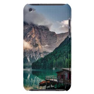 Étui Barely There iPod Photo italienne de paysage de lac mountains