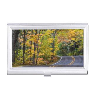 Étui Pour Cartes De Visite Auvent d'automne de couleur le long de la route 41