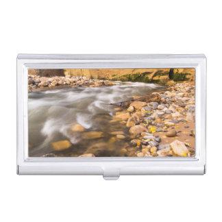 Étui Pour Cartes De Visite Les étroits de la rivière de Vierge en automne 4