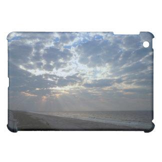 Étuis iPad Mini Matin lumineux de plage - île de chêne, OR