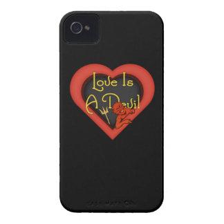 Étuis iPhone 4 L'amour est un diable