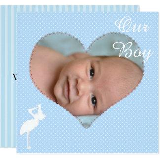 Faire-part rayé bleu d'anniversaire de bébé