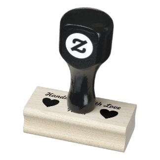Fait main nommé fait sur commande avec le timbre