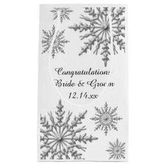 Félicitations de mariage d'hiver de flocons de petit sac cadeau