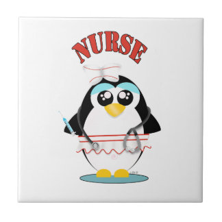 Femelle de pingouin d'infirmière carreau
