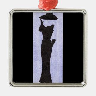 Femme dans le noir ornement carré argenté