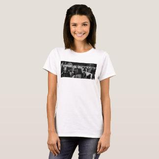 Femmes paranormales de T-shirt d'investigateur