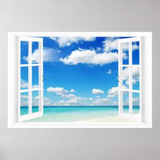 Fenêtre ouverte à la plage