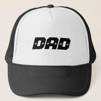 Fête des pères heureuse de casquette de papa