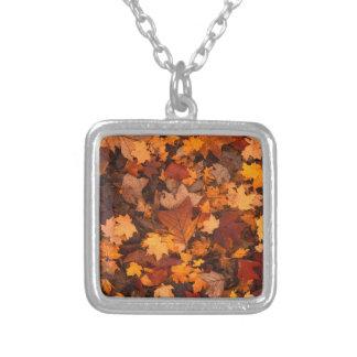 feuillage d'automne collier