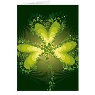Feuille chanceuse de trèfle de shamrock du jour de carte de vœux