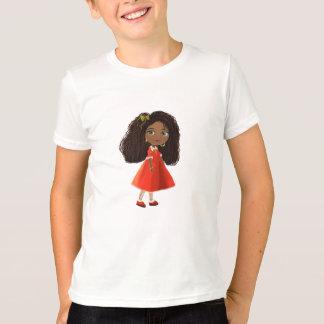 Fille africaine avec le T-shirt de cheveux bouclés