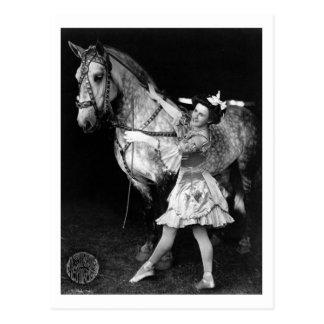 Fille de cirque avec Horse, 1908 Carte Postale