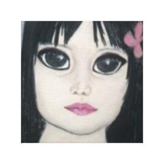 fille mystérieuse avec de beaux yeux de toiles