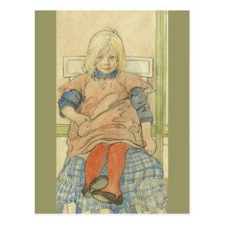 Fille suédoise vintage sur la chaise de plaid carte postale