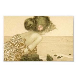 Fille vintage de mer avec la copie de rose de rose tirages photo