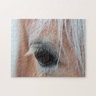 Fin de l'oeil du cheval vers le haut de photo puzzle