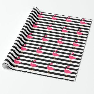Flamant noir et blanc de rose de rayure papier cadeau
