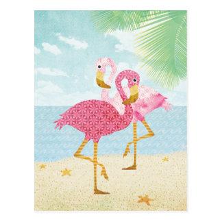 Flamants roses d'aquarelle sur la plage carte postale
