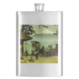 Flasque Le mont Fuji par les pins du cru de Suzukawa
