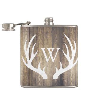 Flasques Andouillers en bois et blancs de grange rustique