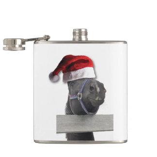 Flasques Cheval avec un casquette de Père Noël