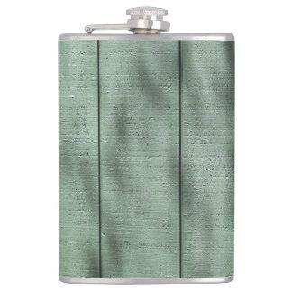 Flasques Mur en bois vert rustique avec les ombres