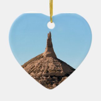 Flèche de roche de cheminée de Scottsbluff Ornement Cœur En Céramique
