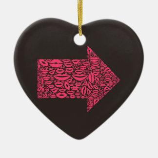 Flèche une lèvre ornement cœur en céramique