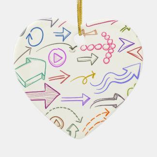 Flèches réglées ornement cœur en céramique