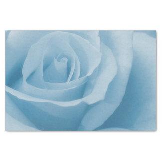 Fleur de rose de bleu papier mousseline