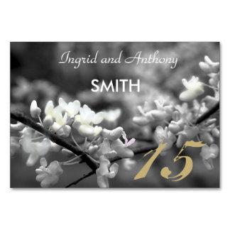 Fleur noire et blanche personnalisable de carte de