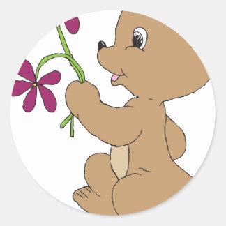 Fleurs d'ours de griffonnage sticker rond