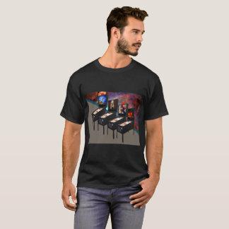 Flippers avec le T-shirt d'obscurité de nébuleuse
