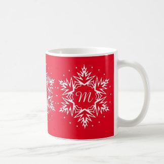 Flocon de neige initial de nouvelle année mug blanc