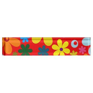 FLOWER POWER (een retro kleurrijk bloemenontwerp) Naambord