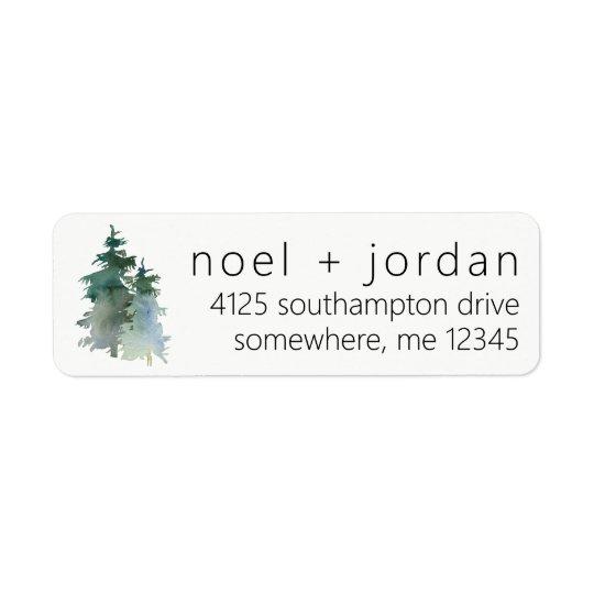 Forêt de retour de sapin d'hiver de pin étiquette d'adresse retour