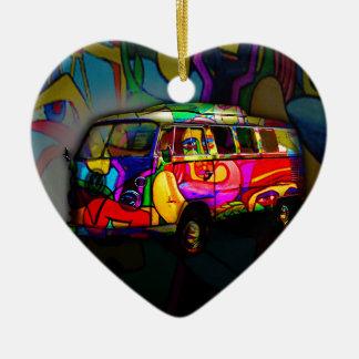 Fourgon hippie ornement cœur en céramique