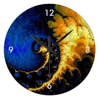 Fractale jaune d'or bleue grande horloge ronde