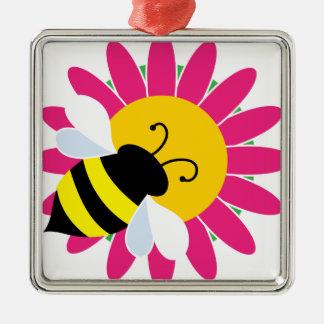 Gaffez l'abeille sur la fleur ornement carré argenté