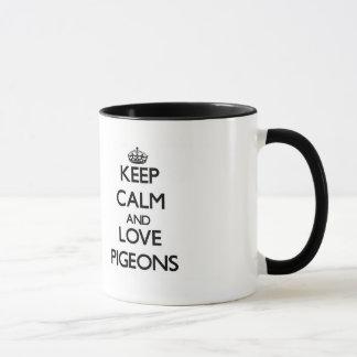 Gardez le calme et aimez les pigeons mug