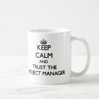 Gardez le calme et faites confiance au chef de mug