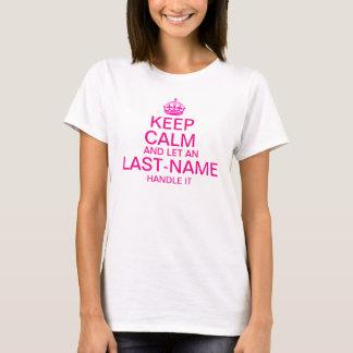 """Gardez le calme et laissez une poignée de """"nom de t-shirt"""